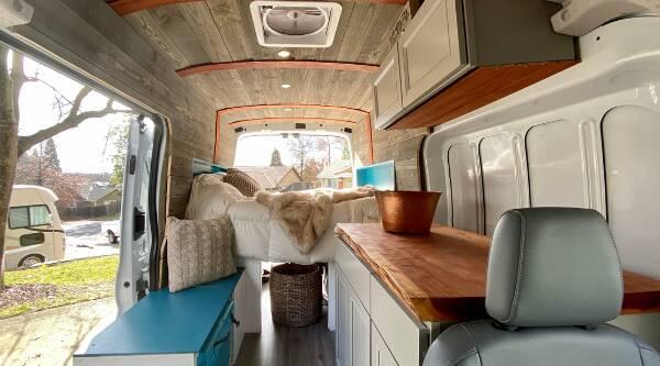 camperbus isoleren