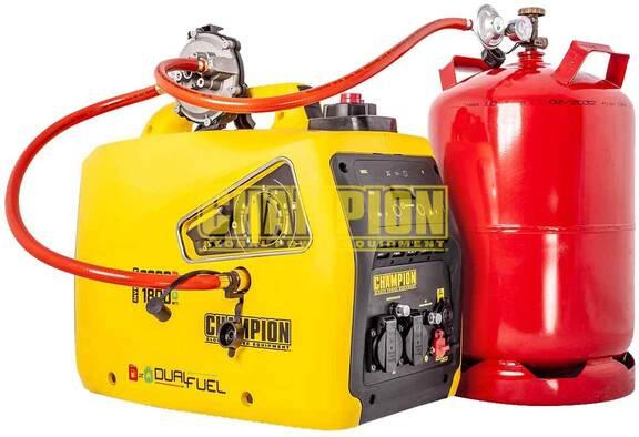 camper aggregaat op gas en benzine